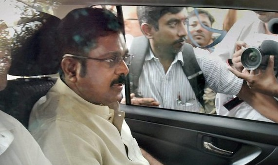 ttv dinakaran arrested