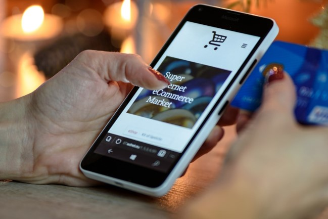 The future of mobile commerce 1